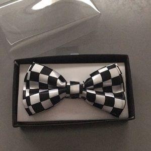 BOYS BOWTIE Black & White Checkered Adjustable